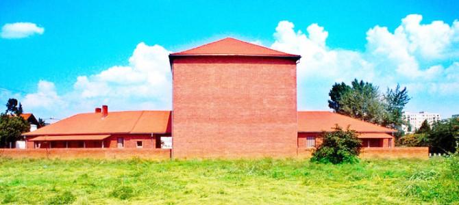 Evangélikus templom és idősek otthona - Békásmegyer